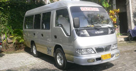 isuzu elf 12 seats